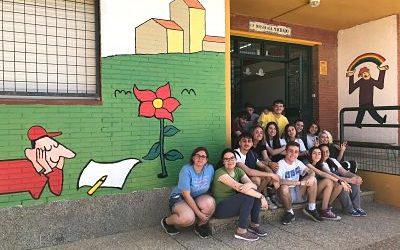 Pintura mural en el CEIP Antonio Machado